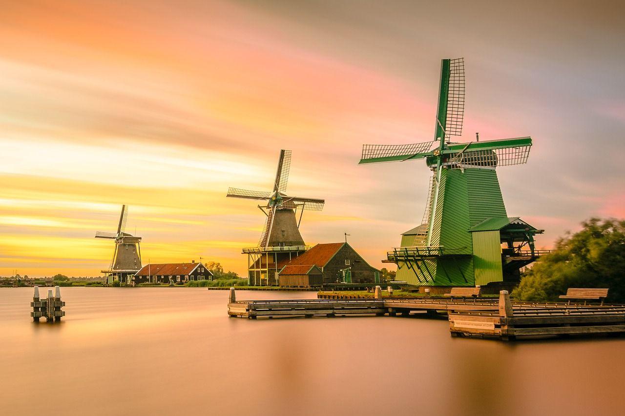 Dutch Language History