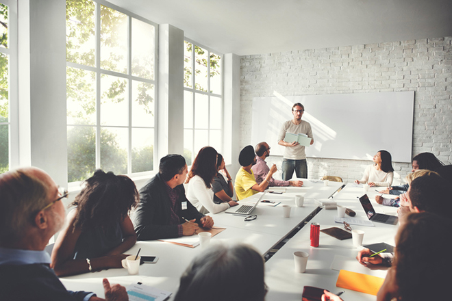Business Language Training: Group or 1-to-1?